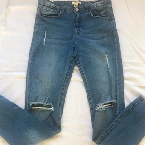 Forever 21 cute jeans medium wash size 30 👖